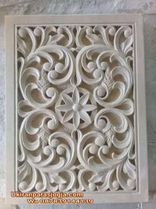 Relief minimalis,ukiran Jawa,ukiran batu, relief batu paras Jogja,hiasan dinding, ornamen,roster,lampion,pilar ukiran,patung,jual batu alam