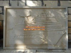 Relief kapal,ukiran kapal,kapal,batu ukir, motif kapal,hiasan dinding batu ukir,jual batu ukir,jual batu alam, ornamen batu alam,patung,lampion,pilar ukiran,batu paras jogja