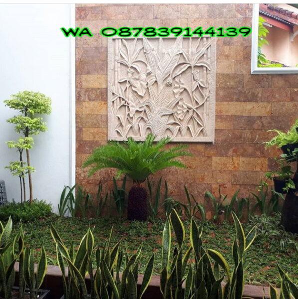 Relief Batu Alam untuk Dinding Taman